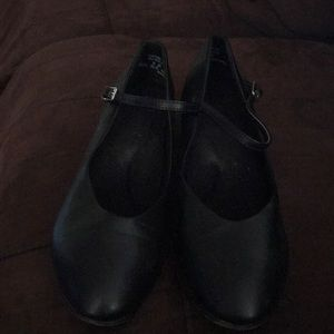 Barely worn theater jazz shoes size 9